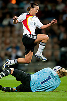 Fotball<br /> EM 2009 kvinner<br /> Semifinale<br /> Tyskland v Norge<br /> Foto: Jussi Eskola/Digitalsport<br /> NORWAY ONLY<br /> <br /> Ingrid Hjelmseth og Inka Grings