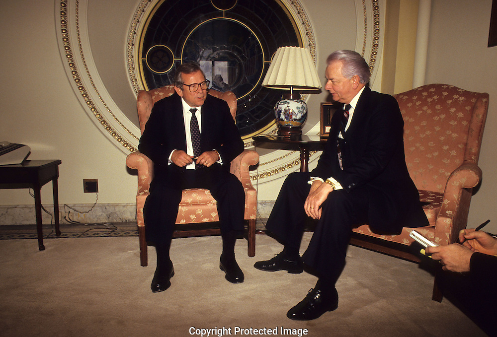 White HBouse Chief of Staff Howard Baker and Senator Robert Byrd meeting on Capitol Hill in 1987..Photograph by Dennis Brack BB31