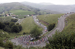09.09.2011, Andalusien, ESP, LA VUELTA 2011, 18. Etappe, im Bild The group during the stage of La Vuelta 2011 between Solares and Noja.September 8,2011. EXPA Pictures © 2011, PhotoCredit: EXPA/ Alterphoto/ Paola Otero +++++ ATTENTION - OUT OF SPAIN/(ESP) +++++