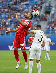 2017?6?17?.   ????????——???????????????.    6?17?????????????????????????????????.    ??????????????2017????????????A????????????2?0???????.    ?????????..(SP)RUSSIA-ST. PETERSBURG-2017 FIFA CONFEDERATIONS CUP-RUS VS NZL.(170617) -- ST. PETERSBURG, June 17, 2017  Alexander Samedov (L) of Russia competes for a header with Deklan Wynne of New Zealand during the group A match between Russia and New Zealand of the 2017 FIFA Confederations Cup in St. Petersburg, Russia, on June 17, 2017. Russia won 2-0.  7 9854294892 (Credit Image: © Xu Zijian/Xinhua via ZUMA Wire)