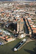 Nederland, Zuid-Holland, Dordrecht, 04-03-2008; Oude Maas met Nieuwe Haven, binnenstad met de Grote Kerk; stadsgezicht, stedelijkijheid, verstedelijking, kerktoren, daken, dakpannen. .luchtfoto (toeslag); aerial photo (additional fee required); .foto Siebe Swart / photo Siebe Swart