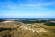 Nederland, Gelderland, Gemeente Ede, 09-06-2016; Nationaal Park De Hoge Veluwe, Oud-Reemsterzand. Grote delen zijn afgegraven met als doel de stuifzandvegetatie te herstellen <br /> Bij deze natuurontwikkeling zijn door toeval vondsten gedaan die wijzen op een ondergestoven middeleeuwse nederzetting.<br /> Oud-Reemster sand. Large areas have been excavated in order to restore the vegetation of shifting sands landscape.<br /> luchtfoto (toeslag op standard tarieven);<br /> aerial photo (additional fee required);<br /> copyright foto/photo Siebe Swart