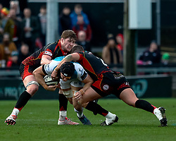 James King of Ospreys under pressure from Aaron Wainwright of Dragons<br /> <br /> Photographer Simon King/Replay Images<br /> <br /> Guinness PRO14 Round 12 - Dragons v Ospreys - Sunday 30th December 2018 - Rodney Parade - Newport<br /> <br /> World Copyright © Replay Images . All rights reserved. info@replayimages.co.uk - http://replayimages.co.uk