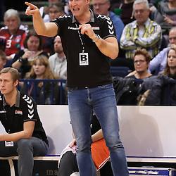 Hamburg, 26.12.16, Sport, Handball, Weltrekordspiel, 3. Liga Nord, Saison 2016/2017, Handball Sport Verein Hamburg - DHK Flensborg : Jens Haeusler (Handball Sportverein Hamburg, Trainer)<br /> <br /> Foto © PIX-Sportfotos *** Foto ist honorarpflichtig! *** Auf Anfrage in hoeherer Qualitaet/Aufloesung. Belegexemplar erbeten. Veroeffentlichung ausschliesslich fuer journalistisch-publizistische Zwecke. For editorial use only.