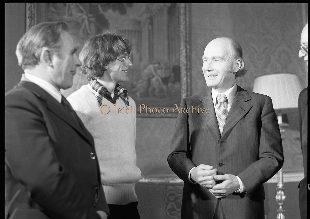 31/03/1978.03/31/1978.31st March 1978.John Treacy meets the President.After his World Championship Cross Country win, John Treacy, returned to Dublin to be received by President Hillery at Aras an Uachtarain. With them is Bill Coghlan, President B.L.E.