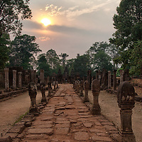 Rediscovered in 1914, the site of Banteay Srei was enduring a lot of incidents until the APSARA Authority and the Swiss government declared to be in charge for the conservation and restoring maintenance from 2002 to 2005. Unfortunately the site is still subject to vandalism and theft.