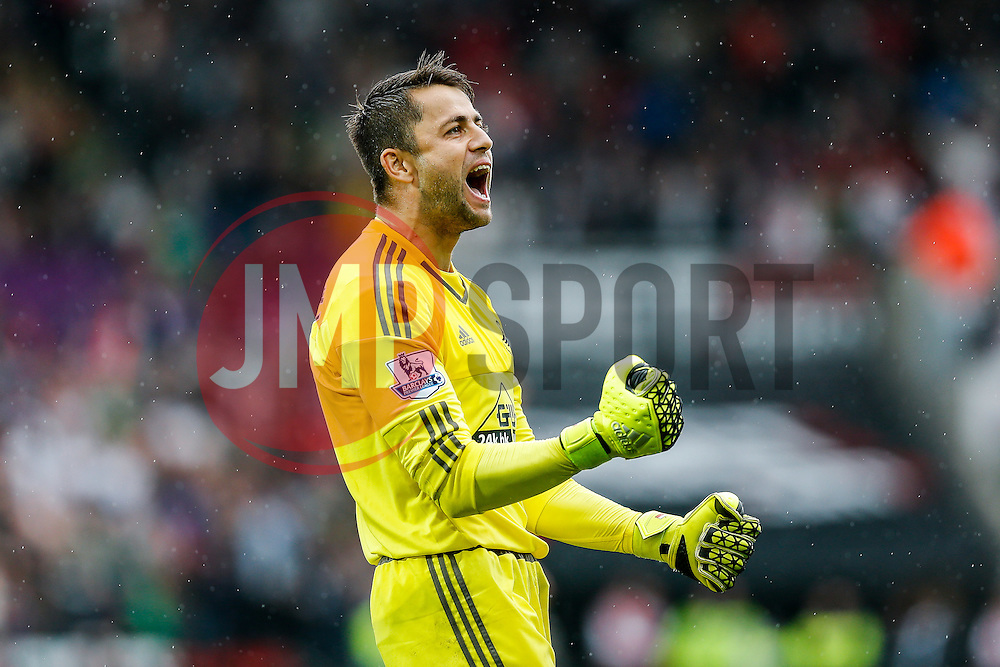 Goalkeeper Lukasz Fabianski celebrates after Swansea City win the match 2-1 - Mandatory byline: Rogan Thomson/JMP - 07966 386802 - 30/08/2015 - FOOTBALL - Liberty Stadium - Swansea, Wales - Swansea City v Manchester United - Barclays Premier League.