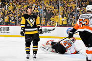 PITTSBURGH, PA - APRIL 11:  Carl Hagelin #62 of the Pittsburgh Penguins celebrates his first period goal against the Philadelphia Flyers in Game One of the Eastern Conference First Round during the 2018 NHL Stanley Cup Playoffs at PPG Paints Arena on April 11, 2018 in Pittsburgh, Pennsylvania.  (Photo by Joe Sargent/NHLI via Getty Images) *** Local Caption ***