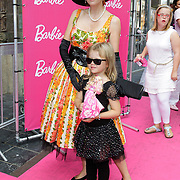 NLD/Amsterdam/20120909- Filmpremiere Barbie, Chazia Mourali met dochter Jasmijn