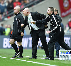 North Ferriby Manager, Billy Heath on the side line at Wembley Stadium - Photo mandatory by-line: Paul Knight/JMP - Mobile: 07966 386802 - 29/03/2015 - SPORT - Football - London - Wembley Stadium - North Ferriby United v Wrexham - FA Trophy