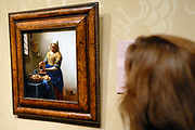 Rijksmuseum Amsterdam  / National Museum Amsterdam<br /> Titel /Title: De keukenmeid ( Melkmeisje)<br /> Jaartal/Year: ca. 1658<br /> Kunstenaar/Painter:Johannes Vermeer <br /> Techniek:Olieverf op doek<br /> Afmetingen/Size: 45,5 x 41 cm