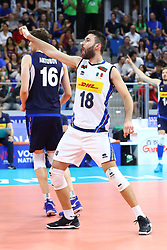NICOLA PESARESI (ITALIA)<br /> VNL MILANO ITALIA - POLONIA<br /> PALLAVOLO VNL 2019 VOLLEYBALL NATIONS LEAGUE<br /> MILANO 23-06-2019<br /> FOTO FILIPPO RUBIN
