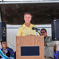 Washington Redskins President Bruce Allen, son of Hall of Fame head coach George Allen,  addresses guests at the dedication of the Zuni Senior Center modular buildings<br /> funded by the Washington Redskins Original Americans Foundation in Zuni Wednesday.