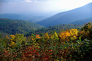 Image of mountains and rolliing hills of Shenandoah National Park, North Carolina and Virginia, east coast by Randy Wells