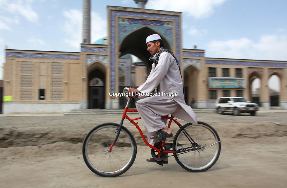 Second hand bicycles from Holland are donated to Afghanistan