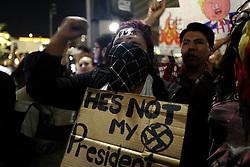 November 9, 2016 - Los Angeles, USA - Manifestants (Credit Image: © Panoramic via ZUMA Press)