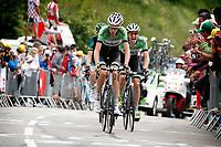 Sykkel<br /> Tour de France 2013<br /> 18.07.2013<br /> Foto: PhotoNews/Digitalsport<br /> NORWAY ONLY<br /> <br /> Alpe-d'Huez- France - wielrennen - cycling - radsport - cyclisme - Robert Gesink (Nederland / Team Belkin ProCycling team) - Lars Petter Nordhaug (Noorwegen / Team Belkin ProCycling team)  pictured during  the 100th Tour de France 2013 stage-18 from Gap to Alpe-d'Huez