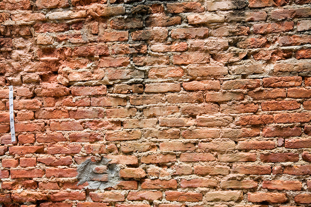 Belo Horizonte _ MG, Brasil...Detalhe de uma parede com tijolo...The wall with brick...Foto: BRUNO MAGALHAES / NITRO