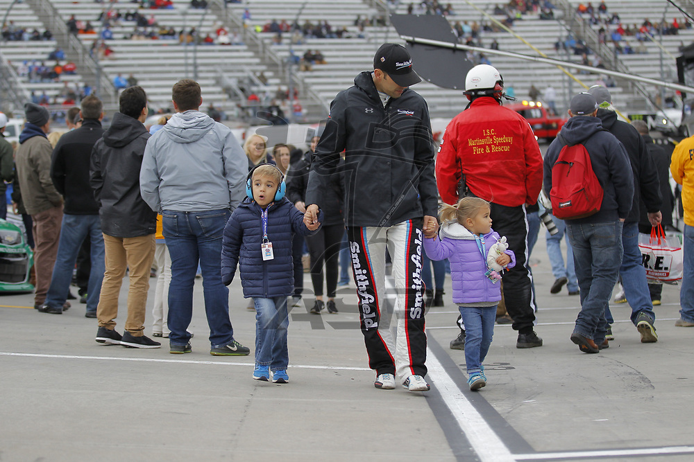 October 29, 2017 - Martinsville, Virginia, USA: Aric Almirola (43) walks down pitroad before the First Data 500 at Martinsville Speedway in Martinsville, Virginia.