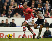 Photo: Leigh Quinnell.<br /> Tottenham Hotspur v Charlton Athletic. The Barclays Premiership. 05/02/2006. Tottenhams Jermaine Defoe can't get hold of Charltons Marcus Bent.