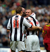 Photo: Ed Godden.<br />West Bromwich Albion v Colchester United. Coca Cola Championship. 19/08/2006. Ronnie Wallwork celebrates his goal with the other Albion players.