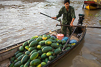 Boats loaded with produce from nearby orchards of the Mekong Delta converge to Phong Dien Floating Market daily. Buyers are local traders with bigger boats who buy in bulk and resell at local markets or to wholesalers from big cities.  Large floating markets are not complete without  floating noodle shops, gas stations and even coffee vendors. The best floating market in the Mekong Delta, Phong Dien has fewer motorised craft and more row boats. The market is at its best between 6  and 8 am.