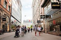 Shopping along Biblioteksgatan