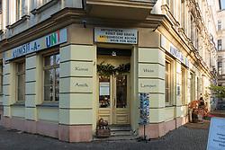 Kunst a Bunt antique shop on Kollwitzplatz in Prenzlauer Berg, Berlin, Germany