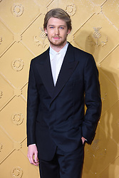 Joe Alwyn attending the premiere of Mary Queen of Scots, at the Cineworld cinema in Leicester Square, London. Picture date: Monday December 10, 2018. Photo credit should read: Matt Crossick/ EMPICS Entertainment.