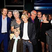 NLD/Amsterdam/20100830 - premiere van Vreemd Bloed, cast van de film