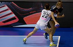 08-12-2013 HANDBAL: WERELD KAMPIOENSCHAP ZUID KOREA - NEDERLAND: BELGRADO <br /> 21st Women s Handball World Championship Belgrade. Nederland verliest de tweede partij van het WK met 29-26 van Korea / Martine Smeets<br /> ©2013-WWW.FOTOHOOGENDOORN.NL