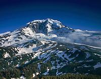 The Willis Wall of Mount Rainier's 14,411¬?ft (4,392¬?m) North Face, Mount Rainier National park Washington USA