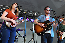 Make Music Normal festival - Uptown Normal<br /> <br /> The Bashful Youngens:<br /> Carrie Chandler<br /> Aaron Short<br /> Brian Hilderbrand, Mitchell Killough, Stephen Johnson and Matt Chupp