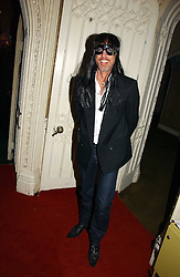PATRICK COX at the 2006 Moet & Chandon Fashion Tribute in honour of photographer Nick Knight, held at Strawberry Hill House, Twickenham, Middlesex on 24th October 2006.<br /><br />NON EXCLUSIVE - WORLD RIGHTS