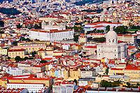 Portugal, Lisbonne, quartier de l'Alfama, monastere Sao Vicente de Fora et le Pantheon National // Portugal, Lisbon, Alfama, view on Sao Vicente de Fora monastery and National Pantheon