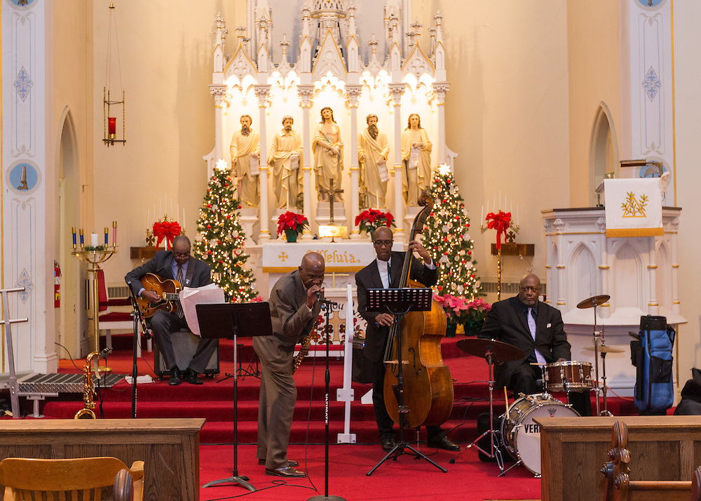Carson Barnes Quartet performs at Zion Lutheran Church at First Night Akron 2017.