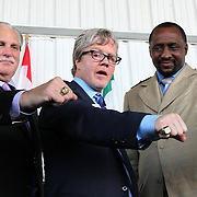Inductees Al Bernstein, Freddie Roach and Thomas Hearns during the 23rd Annual International Boxing Hall of Fame Induction ceremony at the International Boxing Hall of Fame on Sunday, June 10, 2012 in Canastota, NY. (AP Photo/Alex Menendez)