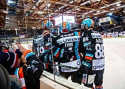 10.01.2020, Keine Sorgen Eisarena, Linz, AUT, EBEL, EHC Liwest Black Wings Linz vs HC TWK Innsbruck Die Haie, 38. Runde, im Bild Matt Finn (EHC Liwest Black Wings Linz) feiert Siegestor für Linz // during the Erste Bank Eishockey League 38th round match between EHC Liwest Black Wings Linz and HC TWK Innsbruck Die Haie at the Keine Sorgen Eisarena in Linz, Austria on 2020/01/10. EXPA Pictures © 2020, PhotoCredit: EXPA/ Reinhard Eisenbauer