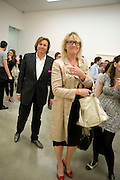 THEO FENNELL; LOUISE FENNELL, Tracey Emin opening. White Cube. Mason's Yard. London. 28 May 2009.