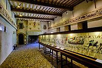 France, Manche (50), Cotentin, château de Pirou, château fort datant du XIIe siècle, tapisserie // France, Normandy, Manche department, Cotentin, Pirou castle, from 12 century, tapestry