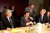 14 DEC 2003, BERLIN/GERMANY:<br /> Joschka Fischer, B90/Gruene, Bundesaussenminister, Gerhard Schroeder, SPD, Bundeskanzler, Christain Wulff, CDU, Ministerpraesident Niedersachsen, Henning Scherf, SPD, 1. Buegermeister Bremen, (v.L.n.R.), vor Beginn der Sitzung des Vermittlungsausschusses, Bundesrat<br /> IMAGE: 20031214-01-054<br /> KEYWORDS: Gespräch, Gerhard Schröder