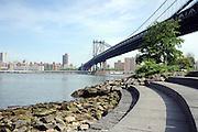 © licensed to London News Pictures. New York, USA  28/05/11.  Manhattan Bridge Photo credit should read Stephen Simpson/LNP