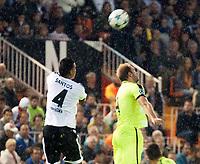 Valencia's Santos and KAA Gent's Laurent Depoitre during Champions league match. October 20, 2015. (ALTERPHOTOS/Javier Comos)