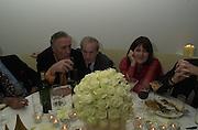 Frederick Forsyth, Harry Evans and Valerie Grove. Talk pre-Bafta party. St. Martin's Lane Hotel. London. 24 February 2001. © Copyright Photograph by Dafydd Jones 66 Stockwell Park Rd. London SW9 0DA Tel 020 7733 0108 www.dafjones.com