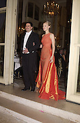 Marquise Francesca dal Pozzo d'Annone and her escort Carlo Arturo Garazzo. . Crillon Debutantes Ball 2002. Paris. 7 December 2002. © Copyright Photograph by Dafydd Jones 66 Stockwell Park Rd. London SW9 0DA Tel 020 7733 0108 www.dafjones.com