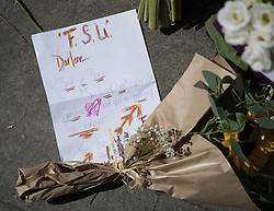 © Licensed to London News Pictures. 05/08/2016. London, UK. A message and floral tribute is placed at the spot in Russell Square where American Darlene Horton was killed and five others were injured. A Norwegian man of Somali heritage has been arrested.  Photo credit: Peter Macdiarmid/LNP