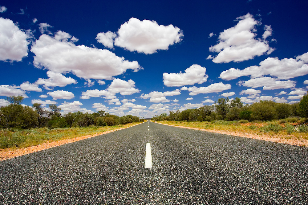 Highway heading for King's Canyon, Red Centre, Northern Territory, Australia RESERVED USE - NOT FOR DOWNLOAD -  FOR USE CONTACT TIM GRAHAM
