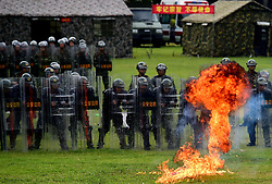 June 5, 2017 - Shenzhen, Shenzhen, China - Shenzhen, CHINA-June 5 2017: (EDITORIAL USE ONLY. CHINA OUT) Soldiers receive strict training in scorching weather in south China's Guangdong Province, June 5th, 2017. (Credit Image: © SIPA Asia via ZUMA Wire)