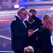 NLD/Baarn/20180410 - 2018 finale 'It Takes 2, Gordon Heuckeroth met bril