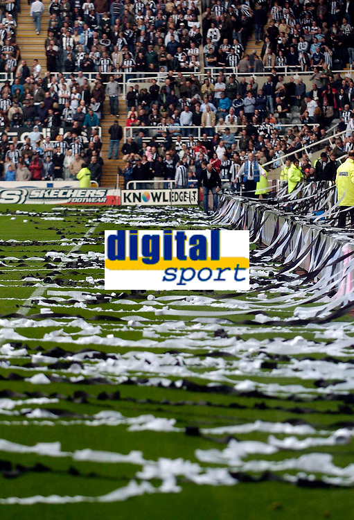Photo: Jed Wee/Sportsbeat Images.<br /> Newcastle United v Aston Villa. The FA Barclays Premiership. 18/08/2007.<br /> <br /> Newcastle fans throw a sea of black and white streamers onto the pitch before kickoff.
